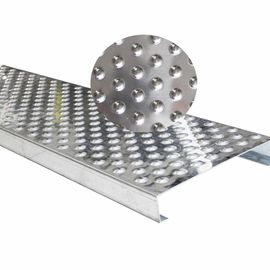 China Raised Holes Galvanized Steel Grating Stainless Steel Material For Ramps factory